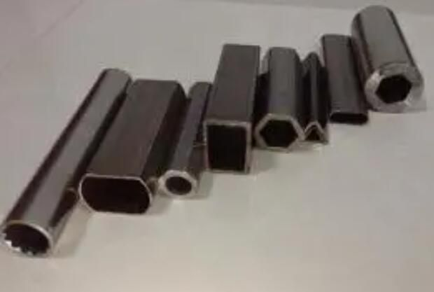 玉泉异型管